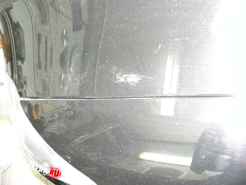 Дать обработанной поверхности высохнуть, вымыть стекло.
