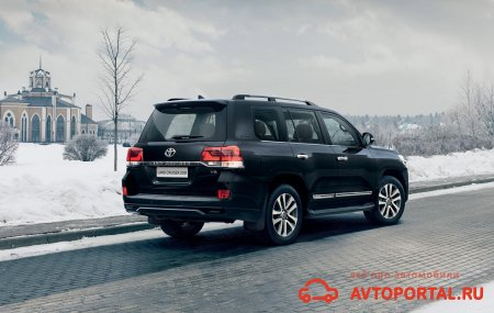 Toyota Land Cruiser 200 Executive Black
