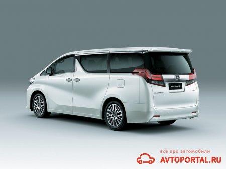 Тест-драйв Toyota Alphard